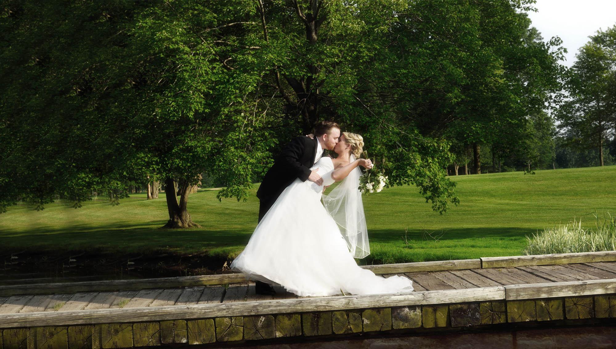 professional wedding photographers cleveland ohio