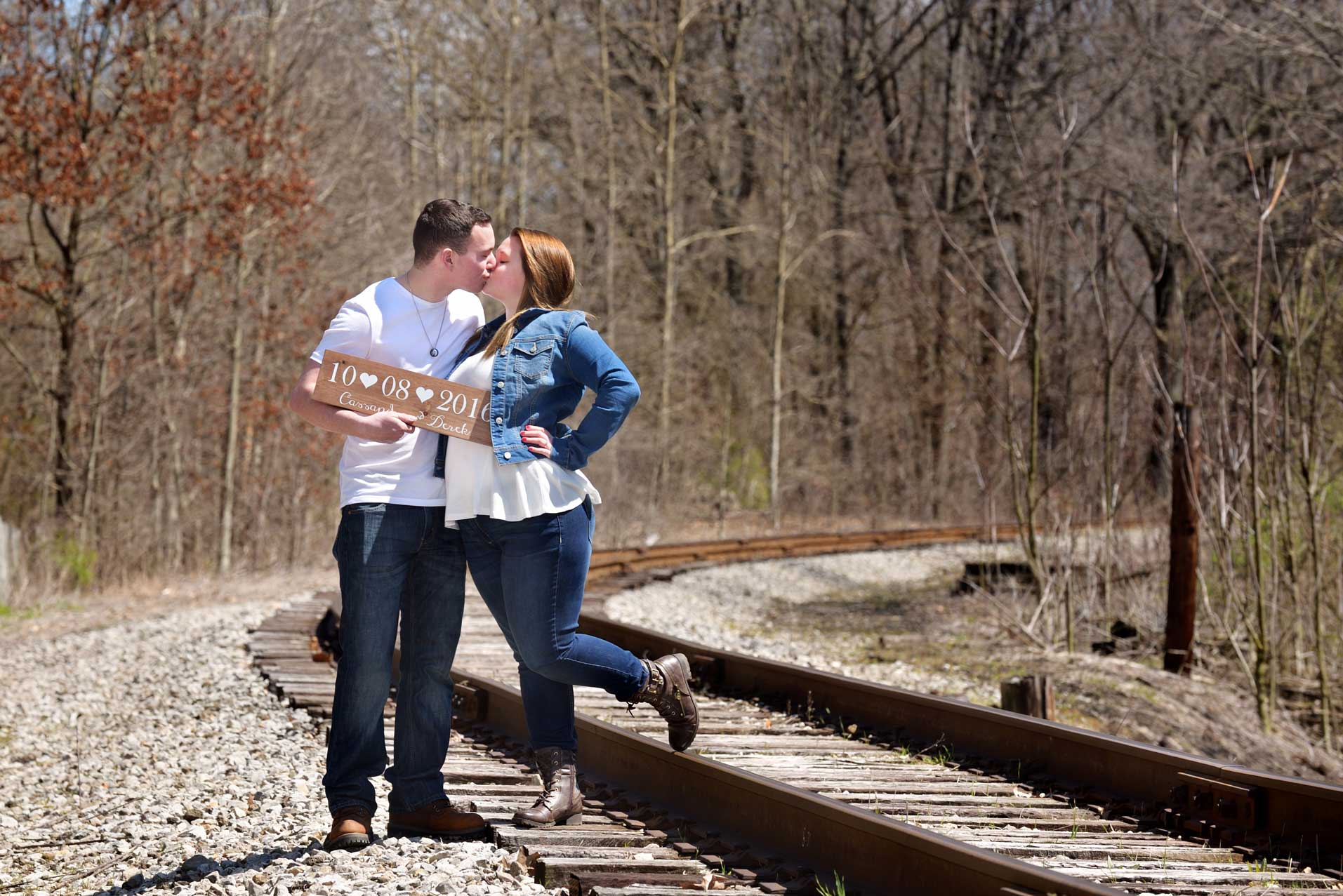 KENT OHIO ENGAGEMENT PHOTOS| CASSY + DEREK