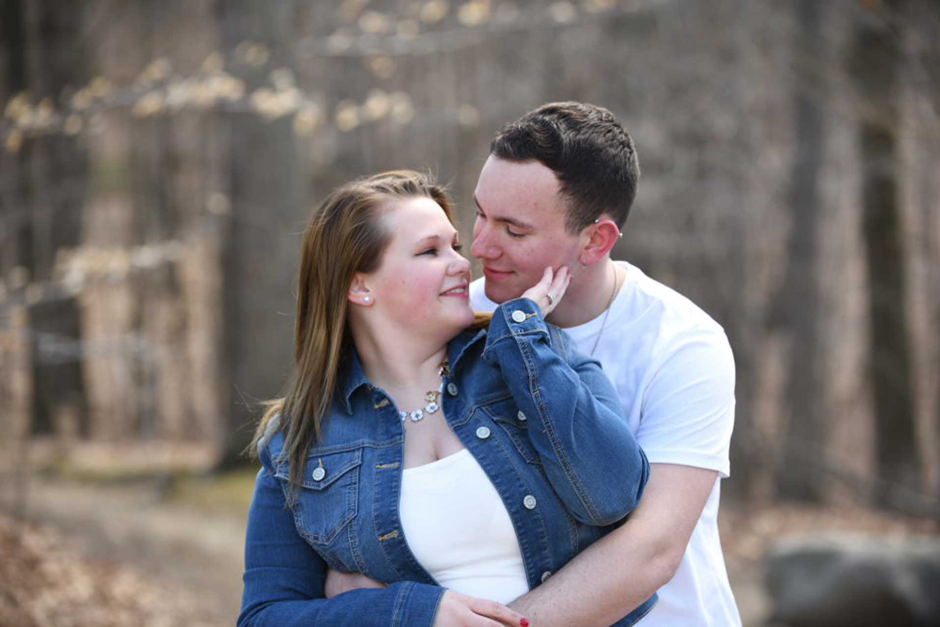 spring engagement photos kent ohio