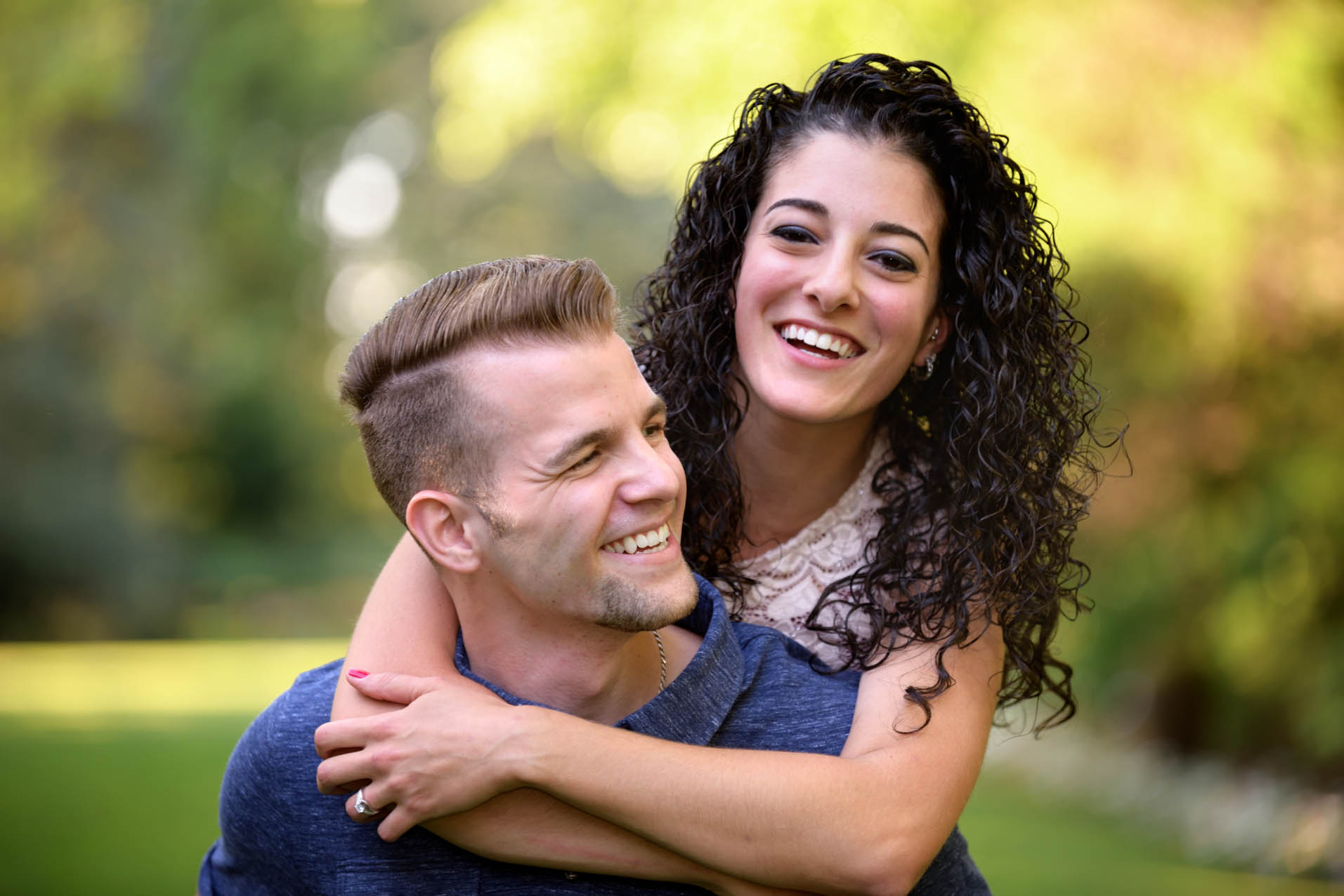 YOUNGSTOWN OHIO ENGAGEMENT PHOTOS