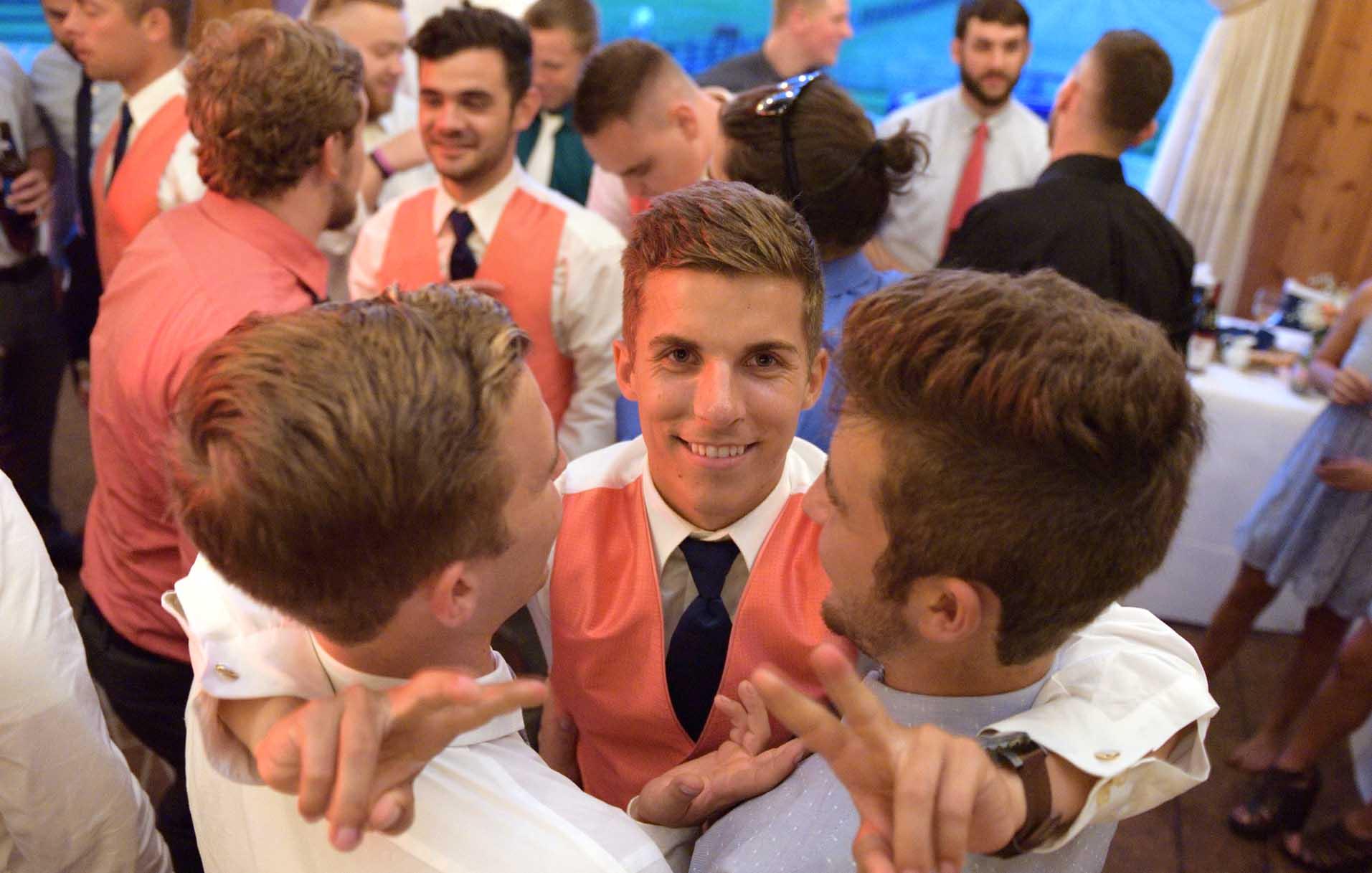 akron wedding photographer