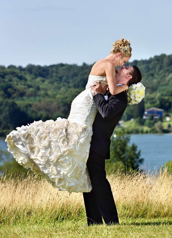 outdoor wedding photographer cleveland ohio